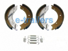 250x40 TRAILER BRAKE SHOE KIT - 3500kg TRAILERS WITH KNOTT BRAKES IFOR WILLIAMS